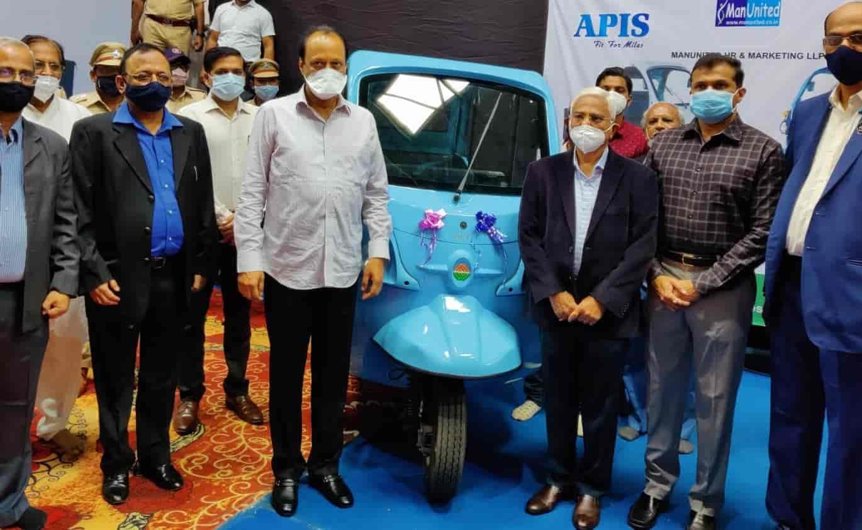 पिं. चिं. एमआयडीसीची आता इलेक्ट्रिक वाहनांचे हब म्हणून नविन ओळख होणार - अजित पवार..