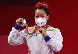 भारताची स्टार महिला वेटलिफ्टर मीराबाई चानूचा ऑलिम्पिकमध्ये इतिहास..