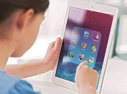स्मार्टफोन घेण्याइतपत आर्थिक क्षमता नसणाऱ्या पालकांना दिलासा..